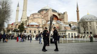 Τουρκία: Συγκρούσεις αστυνομίας - διαδηλωτών μετά την αυτοκτονία Κούρδου απεργού πείνας