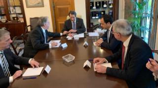 Στην Κύπρο ο Κατρούγκαλος - Συνάντηση με Αναστασιάδη και Χριστοδουλίδη