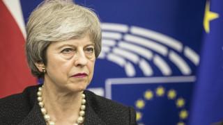Αναβολή του Brexit θα ζητήσει η Μέι από την Ε.Ε.