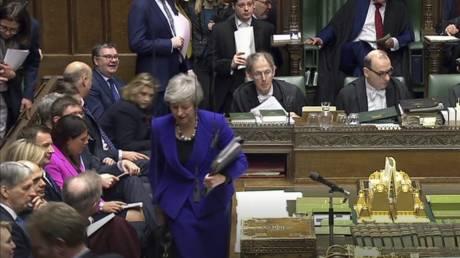 Η Μέι ζήτησε παράταση για το Brexit μέχρι τις 30 Ιουνίου