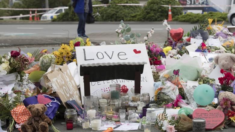 «Θα έπρεπε να του πω ότι τον αγαπάω»: Συγκινεί πατέρας που έχασε τον 14χρονο γιο του στο Κράιστσερτς
