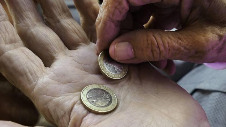 Στοιχεία - σοκ: Εισόδημα χαμηλότερο των 10.000 ευρώ δήλωσε το 58,9% των φορολογούμενων