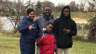 ΗΠΑ: Ένας 8χρονος άστεγος από τη Νιγηρία έγινε πρωταθλητής στο σκάκι
