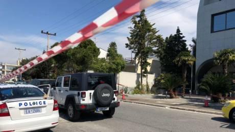 Πυροβολισμοί στη Λεωφόρο Βουλιαγμένης: Οι πρώτες εικόνες από το σημείο