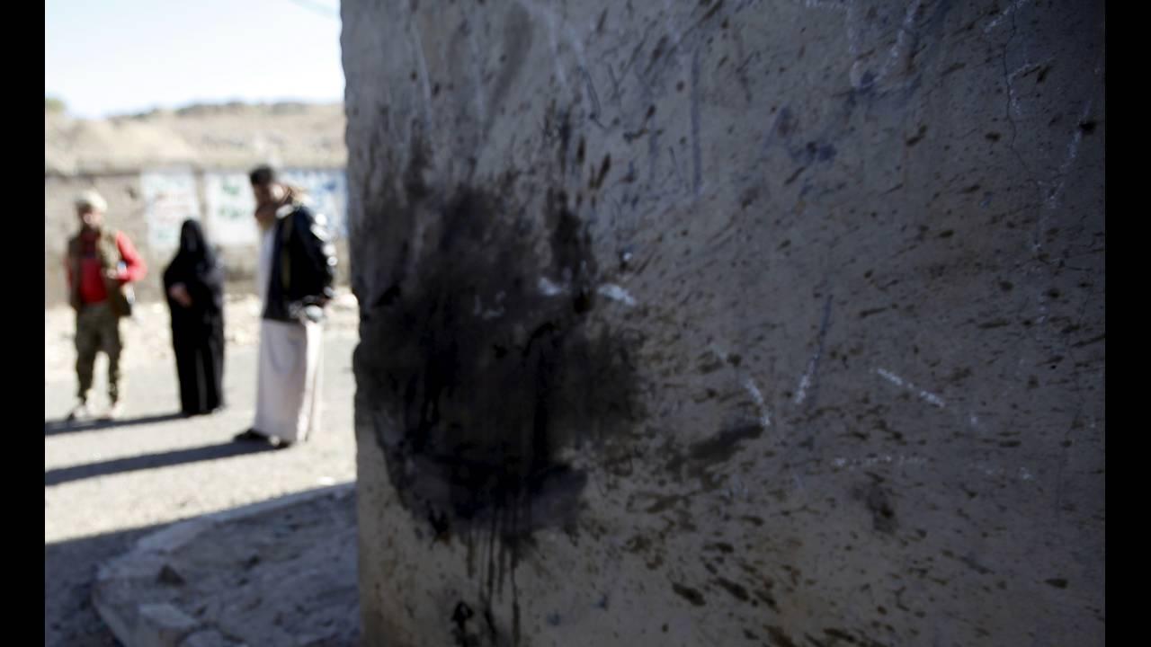 https://cdn.cnngreece.gr/media/news/2019/03/21/169990/photos/snapshot/yemen-REUTERS-Mohamed-al-Sayaghi.jpg