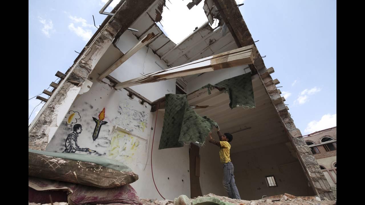 https://cdn.cnngreece.gr/media/news/2019/03/21/169990/photos/snapshot/yemen1-REUTERS-Mohamed-al-Sayaghi.jpg