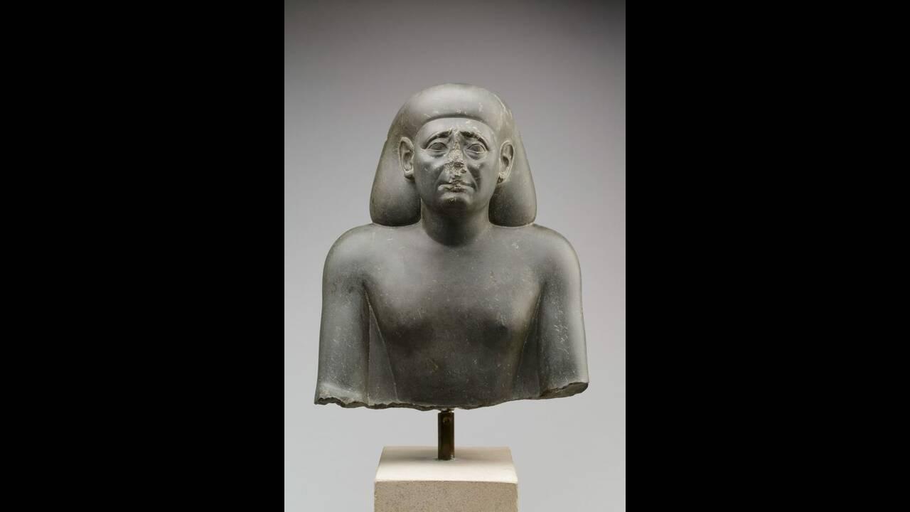 https://cdn.cnngreece.gr/media/news/2019/03/21/170000/photos/snapshot/http___cdn.cnn.com_cnnnext_dam_assets_190319125752-egyptian-nose-1.jpg