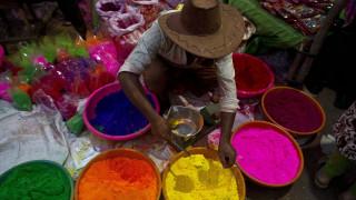 Ινδία: Το εντυπωσιακό Φεστιβάλ των Χρωμάτων