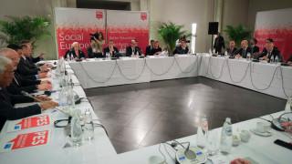 Σε προοδευτική συμμαχία κατά της ακροδεξιάς και του Βέμπερ κάλεσε την Ευρώπη ο Τσίπρας