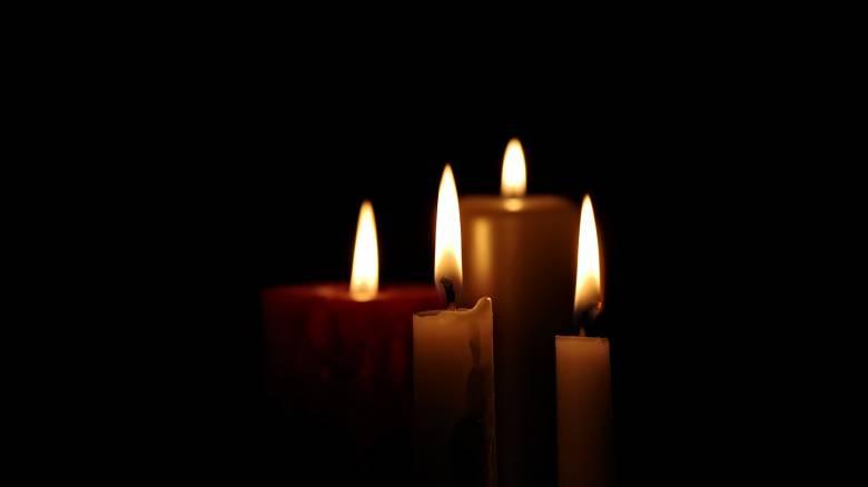 Αυτοκτονία μαθητή στη Σητεία: «Ράγισαν» και οι πέτρες για το 17χρονο Μάνο στο τελευταίο αντίο