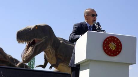 Η αβάστακτη τουρκική απομόνωση