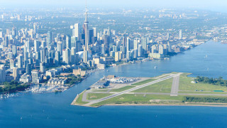 Τα δέκα αεροδρόμια που πρέπει να δει κανείς: Προσγειώσεις με θέα που κόβει την ανάσα