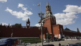 Ρωσία: Η συνάντηση του Πεσκόφ με τον... Τραβόλτα