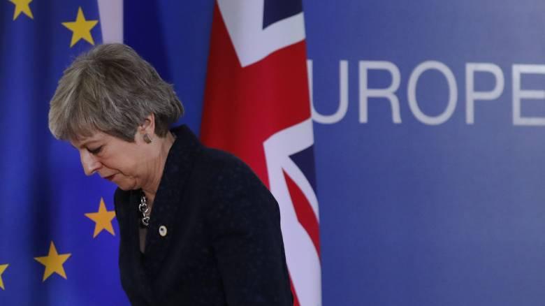 Πάνω από 4 εκατομμύρια οι υπογραφές για την ακύρωση του Brexit