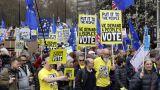 Λονδίνο: Μαζική πορεία κατά του Brexit – Οι διαδηλωτές ζητούν νέο δημοψήφισμα