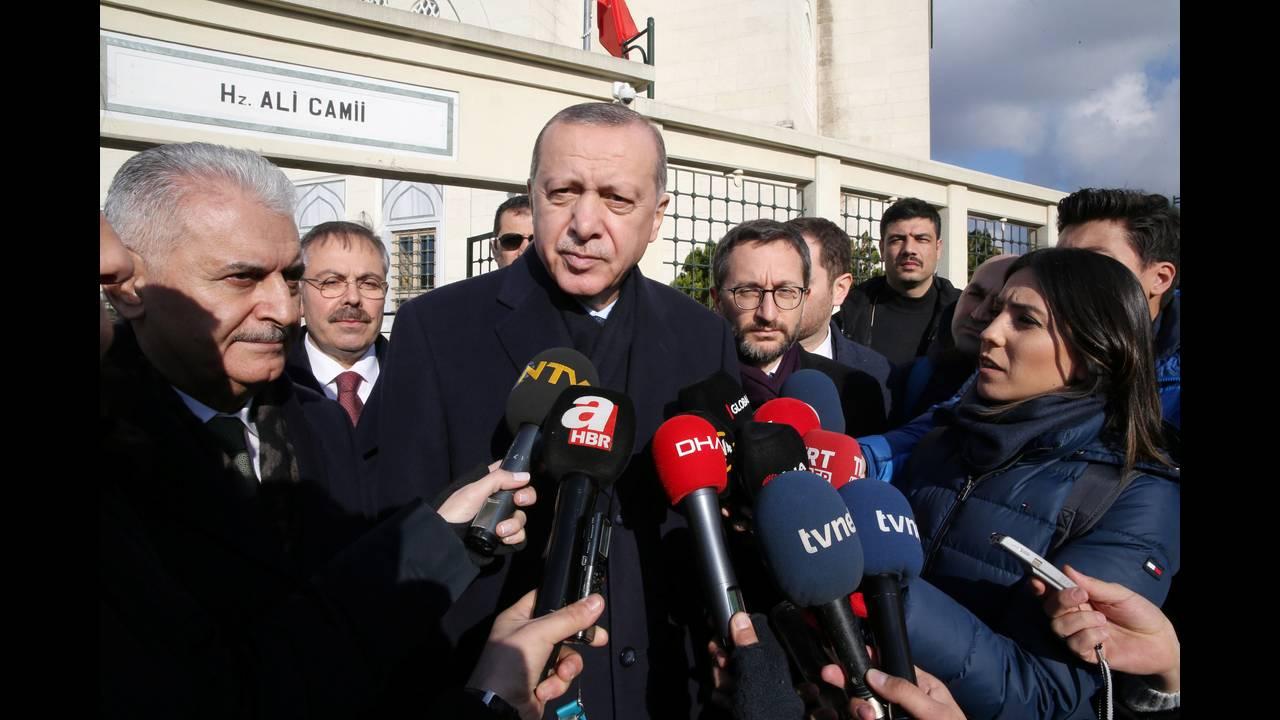 https://cdn.cnngreece.gr/media/news/2019/03/23/170273/photos/snapshot/2018-12-28T152812Z_918945458_RC122F5FAFC0_RTRMADP_3_MIDEAST-CRISIS-SYRIA-TURKEY.JPG