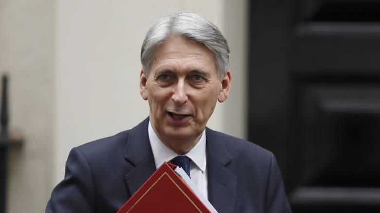 Χάμοντ: Η αλλαγή πρωθυπουργού δεν θα βοηθούσε στην επίλυση του Brexit