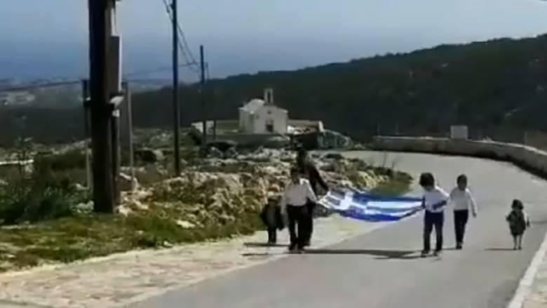 25η Μαρτίου: Με μόλις τρεις μαθητές και μία ελληνική σημαία η παρέλαση στη Γαύδο