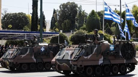 25η Μαρτίου: Η μεγαλειώδης στρατιωτική παρέλαση σε εικόνες