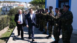 Τουρκικά μαχητικά παρενόχλησαν το ελικόπτερο του πρωθυπουργού
