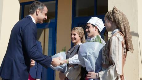 Μητσοτάκης: Η Ελλάδα χρειάζεται να ξαναπιάσει το νήμα ενός υγιούς πατριωτισμού
