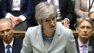 «Ομολογία» Μέι: Δεν έχω τη στήριξη για να φέρω ξανά το Brexit στη Βουλή