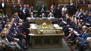 Οι Βρετανοί νομοθέτες παίρνουν τα «ηνία» του Brexit από την Μέι