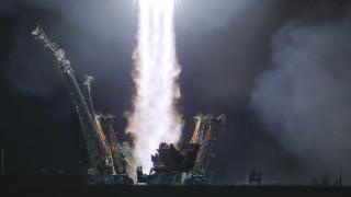 Ο Τραμπ θα στείλει ξανά αστροναύτες στη Σελήνη μέσα σε πέντε χρόνια