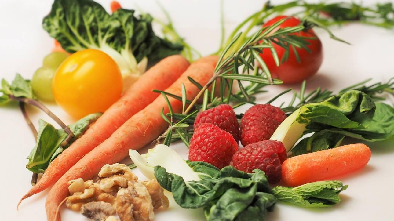 Αυτά είναι τα πιο μολυσμένα φρούτα και λαχανικά για το 2019