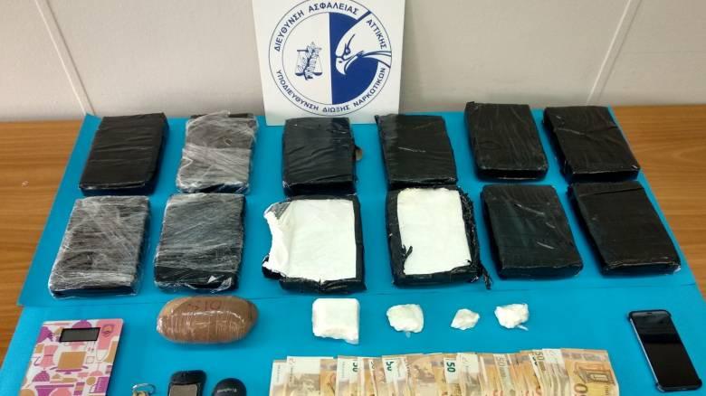 Στα δίχτυα της ΕΛ.ΑΣ. ο διακινητής κοκαΐνης με τη «σφραγίδα» του Ρονάλντο