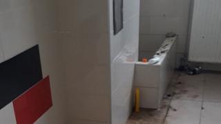 Εθνική Ελλάδας: Σάλος στη Βοσνία για «τα βρόμικα αποδυτήρια που άφησε η γαλανολεύκη» (pics)