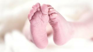 Απίστευτη περίπτωση: Γέννησε δίδυμα ένα μήνα μετά την πρώτη γέννα της