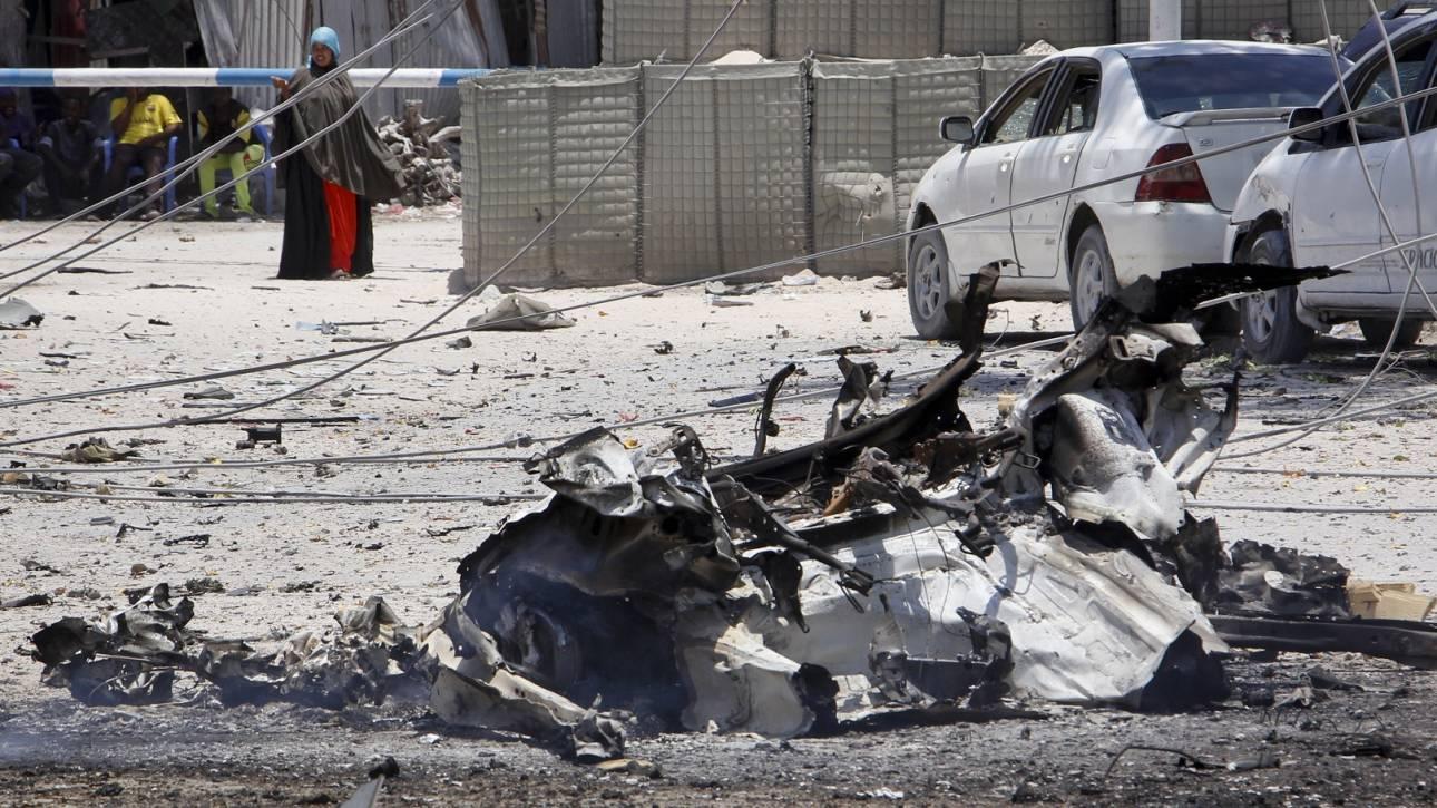 Σομαλία: Νεκροί από έκρηξη παγιδευμένου οχήματος σε πολυσύχναστο δρόμο