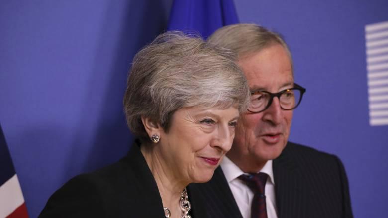 Κομισιόν: Αρκετό για ένα συντεταγμένο Brexit το «ναι» των Βρετανών στη Συμφωνία Αποχώρησης