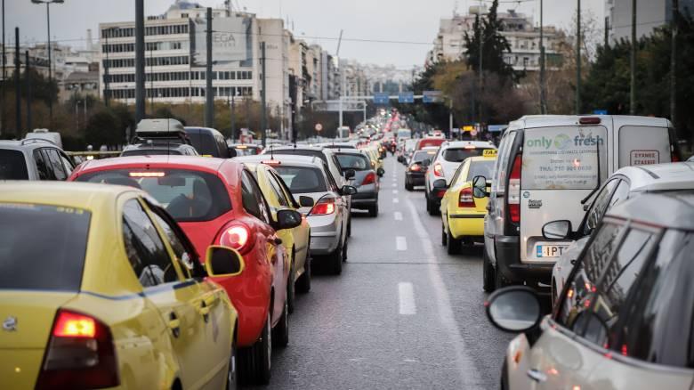Λ. Συγγρού: Ουρές και εκτροπή κυκλοφορίας λόγω πινακίδας