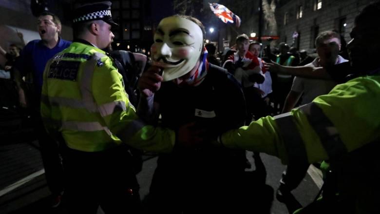 Λονδίνο: Συλλήψεις και μικροεπεισόδια στις διαδηλώσεις στο Λονδίνο για το Brexit