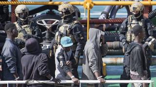 Μάλτα: Κατηγορίες για πειρατεία σε τρεις έφηβους μετανάστες