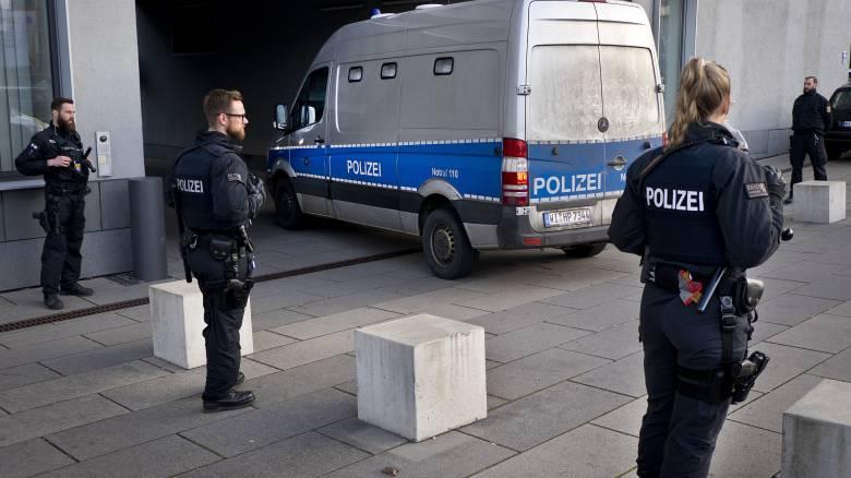 Γερμανία: Απετράπη τρομοκρατική επίθεση - Έφοδοι της αστυνομίας και συλλήψεις