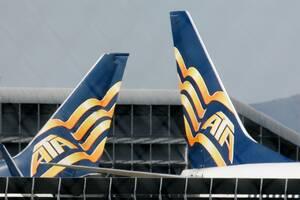 ATA Airlines: Εταιρεία ναύλωσης το 1973, η ATA ξεκίνησε τις προγραμματισμένες πτήσεις το 1986 με πτήσεις από το Midwest στη Φλόριντα, εξυπηρετώντας διαδρομές διακοπών που τελικά θα γίνονταν η ειδικότητά της. Η 11η Σεπτεμβρίου του 2001 υπήρξε καθοριστική γ