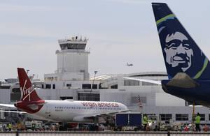 Virgin America: Γνωστή για τον πολύχρωμο φωτισμό της καμπίνας, την ιδιόμορφη προσωπικότητά της και την επιθυμία να προσφέρει μια κομψή επιλογή στα αμερικανικά αεροπορικά ταξίδια, η Virgin America γοήτευε τους ταξιδιώτες και συγκέντρωσε βραβεία αερογραμμών