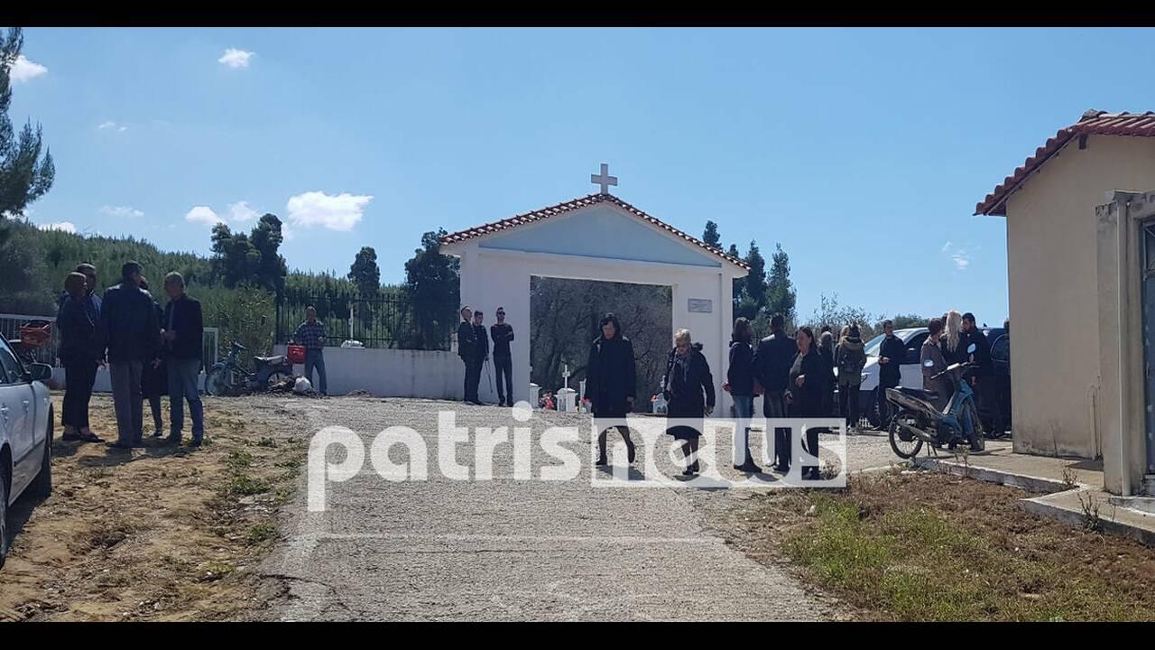 https://cdn.cnngreece.gr/media/news/2019/03/30/171096/photos/snapshot/foititria2.jpg