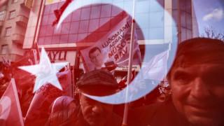 Στις κάλπες η Τουρκία: Αγωνιά για την Κωνσταντινούπολη ο Ερντογάν