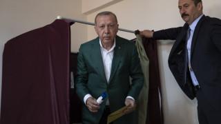 Δημοτικές εκλογές στην Τουρκία: Η ευχή του Ερντογάν για μεγάλη προσέλευση στις κάλπες