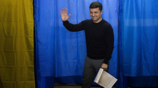 Προεδρικές εκλογές στην Ουκρανία: Βαριά ήττα του Ποροσένκο από έναν κωμικό