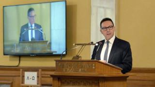 Στουρνάρας: Το 2019 αποτελεί έτος προκλήσεων για την ελληνική οικονομία