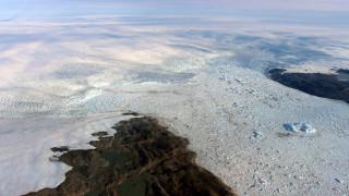 Ένας παγετώνας της Γροιλανδίας μεγαλώνει – αλλά το λιώσιμο των πάγων συνεχίζεται