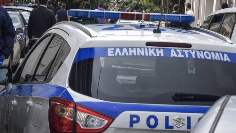 Φωκίδα: Συνταξιούχος αστυνομικός πλήρωσε ανήλικο αγόρι για να το φιλήσει