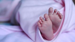 Ένα παιδί, δύο… πατεράδες: Δίδυμοι αρνούνται να αποκαλύψουν ποιος είναι ο πατέρας και το πληρώνουν
