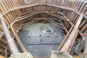 Θα χρειαστούν σχεδόν 1.100 τόνοι σιδήρου για να γίνει η κατασκευή όσο το δυνατόν ασφαλέστερη.