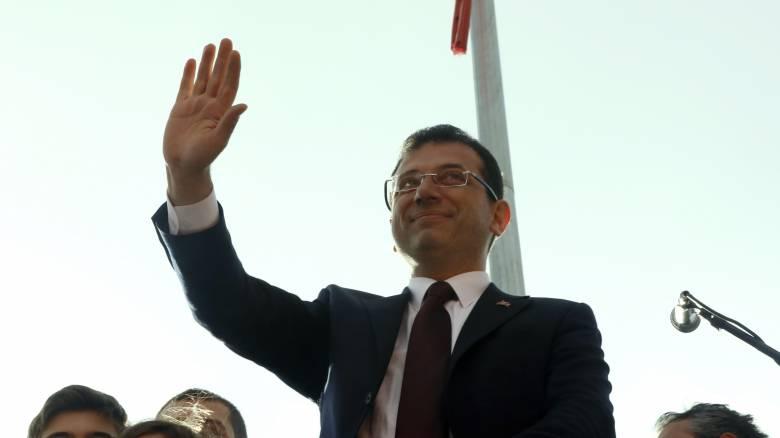 Εκρέμ Ιμάμογλου: Ποντιακής καταγωγής και ελληνόφωνος ο νέος δήμαρχος της Κωνσταντινούπολης
